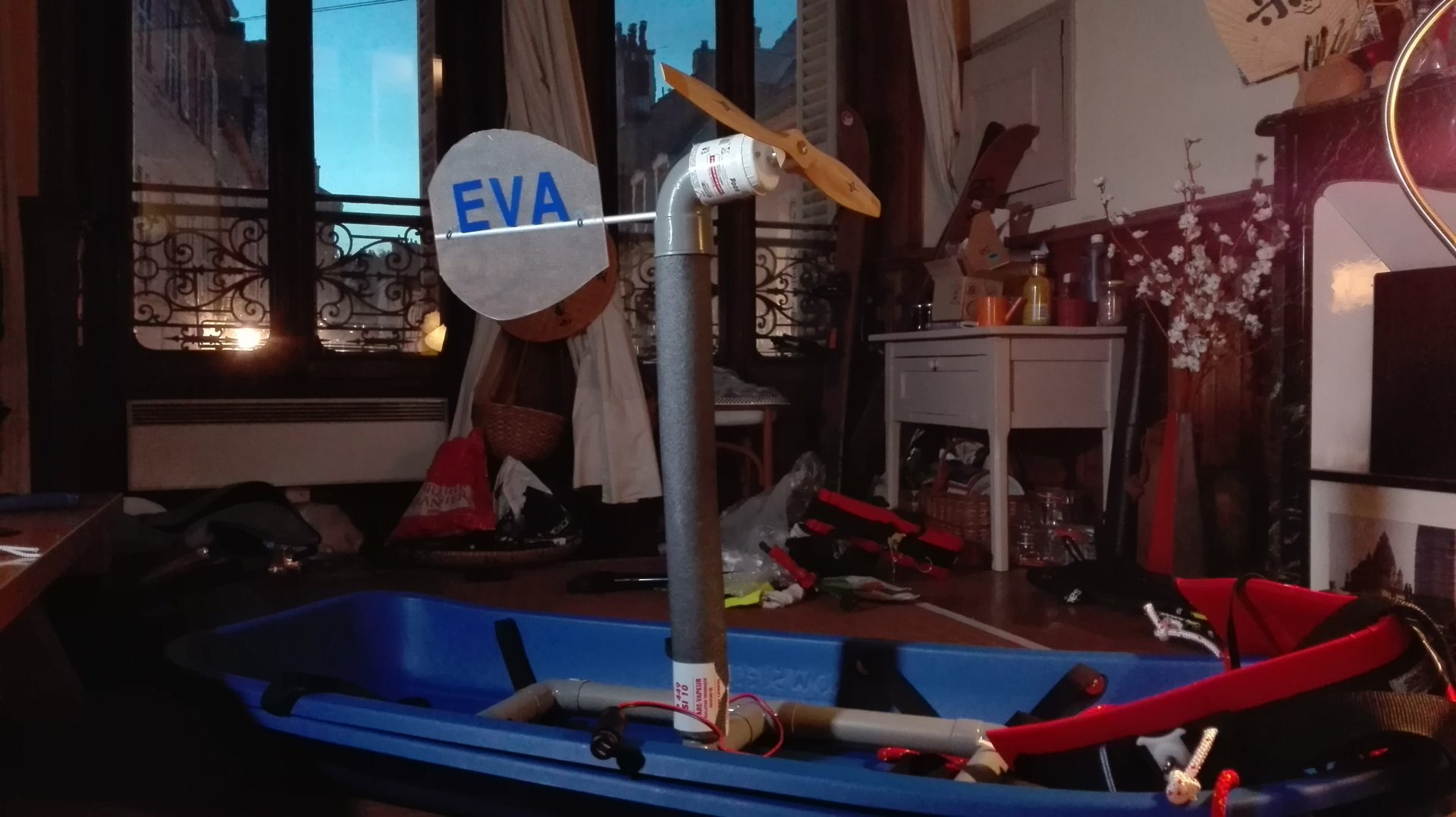 EVA l'éolienne du voyageur autonome